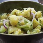 Chłopska sałatka ziemniaczana w koperkowo-musztardowym sosie