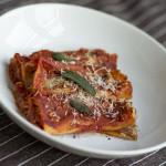 Cannelloni z dynią, ricottą i orzechami włoskimi